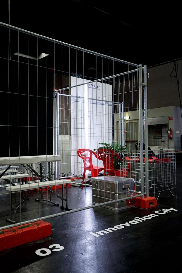 Kaja Poestges metaplaza – pop-up architecture, identity